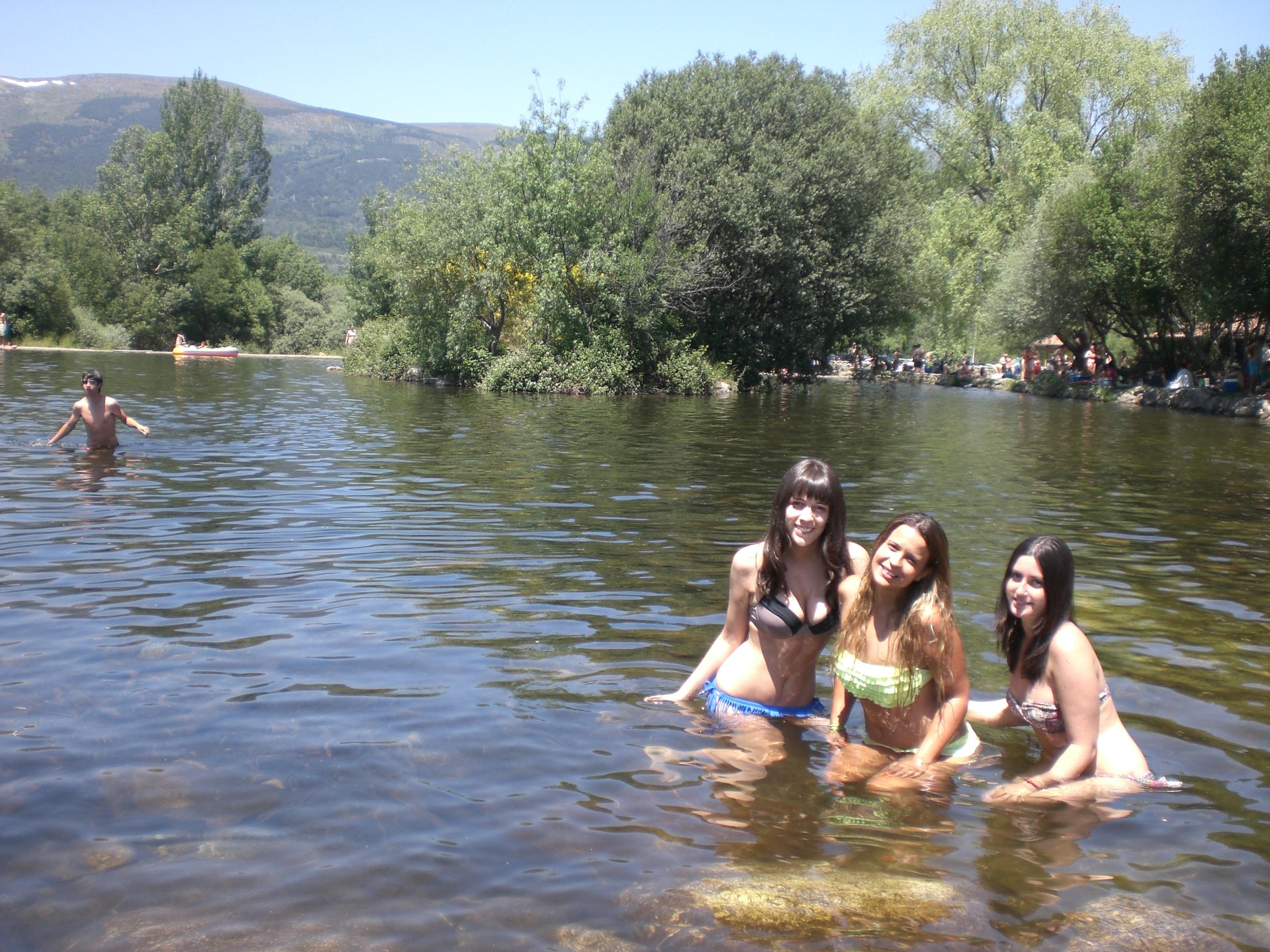 Piscinas naturales en rascafr a madrid natural pools in for Piscinas naturales cerca de madrid